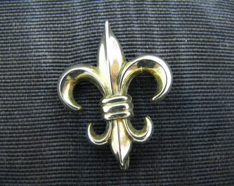 Vintage Fleur de Lis Lapel Watch Pin - Gold Filled