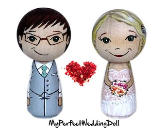 Wooden Cake Toppers/Wedding Cake Toppers/Anniversary gift/Cake toppers/Personalised/Peg dolls /Bride and Groom - 6.5 cm tall
