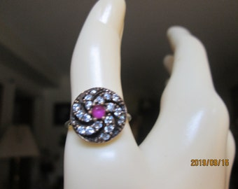 Vintage Inspired Art Deco 14K Gold/925 Sterling Silver .86ctw Ruby and White Sapphire Ring Size 7, Wt. 3.3 G