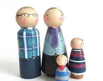 CUSTOM peg family of 4 // 2 parents and 2 kids/pets // personalized peg dolls // modern doll house // custom family portrait // wooden toys