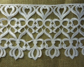 """Vintage Snow WHite 7"""" Venise Lace Edging...Use as is or cut apart for Individual Motifs...sold by the 1/2 yard...LAT412"""