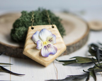 Blue Pansy Pendant - Chain pendant with blue garden pansy - Blue viola necklace - Blue and white flower pendant