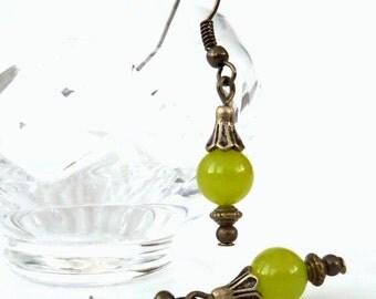 Vintage style earrings, peridot jewellery, thank you gift best friend ,sister , birthday gift idea , green gemstone earrings, gift for wife