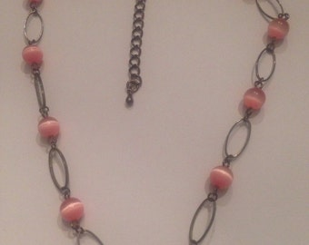 Vintage Pink and Silver Glass Bead Necklace Costume Jewelry