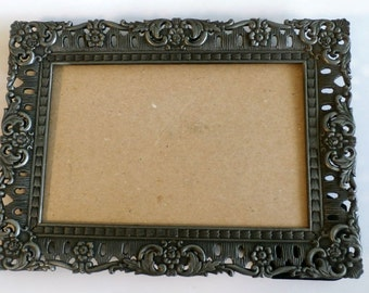 Vintage Picture Frame, Metal Frame, Silver Tone Heavy Cast Iron Photo Frame, Vintage Etched Silver Metal Picture Frame