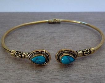 Turquoise Bras Bracelet