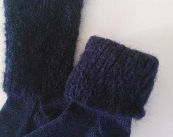 Hand Knitted wool blend Socks! Sizes: 3-5UK, Blue!