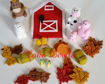 Cake Decorating Kit Bulk Barn : Fondant barn topper Etsy
