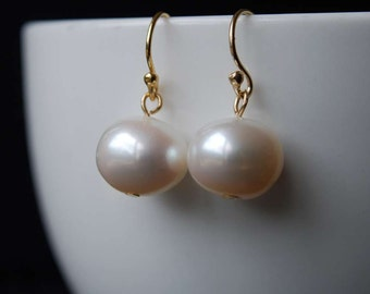 Classic Freshwater Pearl Earrings, Simple Elegant Design, Freshwater Potato Pearl Earrings,  14K Gold Filled Ear Wires