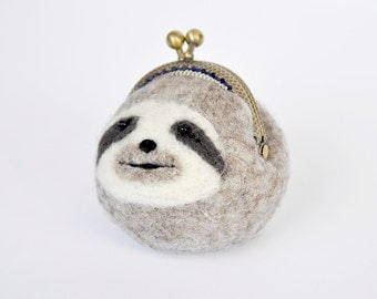 sloth purse keychain, sloth coin purse, kiss lock purse, sloth keychain, sloth gifts, animal purse, animal keychain, wet felted purse