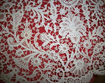 Antique hand done lace very  rare collectors lace collar piece