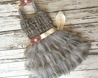 Girls gray dress. Flower girl dress. Toddler dress. Grey girls dress. Gray lace dress. Silver dress. Baby lace dress