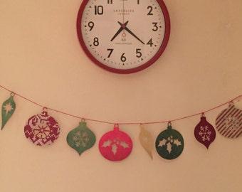 Christmas wall hanging - bunting, banner, garland - bauble papercut