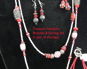 Treasure Necklace Set