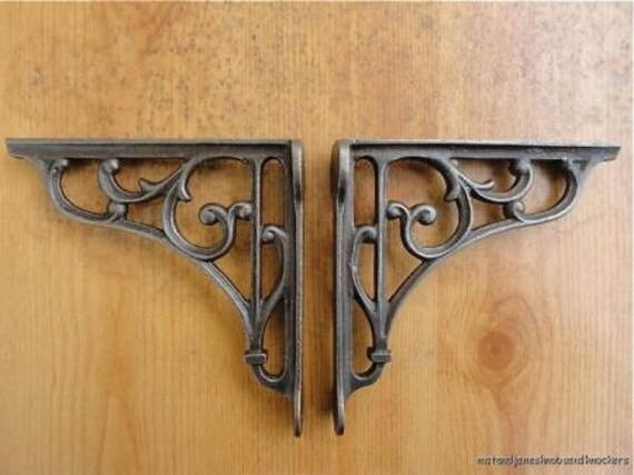 A Pair Of Small Classic Victorian Scroll Shelf Brackets 5 Inch
