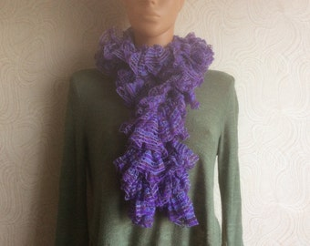 Knit Ruffled Scarf