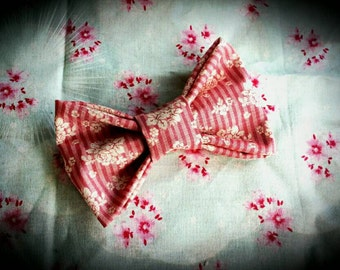 Pink Stripey Fabric Big Bow Clip.Floral Hair Accessory, Princess, Gift For Girls, Girls Fashion.Party Hair. Wedding Hair, Small Gift