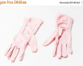 25% OFF STOREWIDE SALE 1950s ruched pink gloves - beautiful mid-century vintage ladies size 6, 6.5, 7 small med gloves - wedding, burlesque,