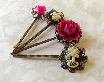 Victorian Ivory On Black Bee And She Skull Magenta Hair Clips