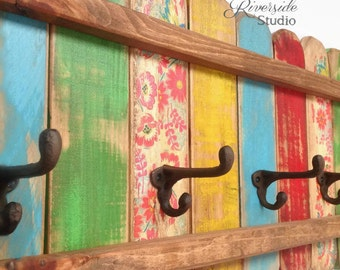 Wood Coat Rack Cast Iron Coat Hook / Shabby Chic Coat Rack, Bohemian Furniture, Bathroom Towel Hook, Reclaimed Pallet Wood