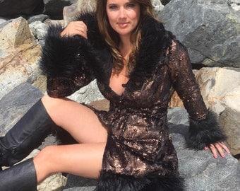 Burning Man Women's Vixen Faux Fur Coat in Black Raven (Metallic copper)