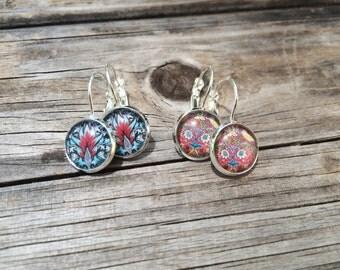 Blue and Red Floral Earrings, floral Earrings, Leverback Earrings, Set of 2 earrings, cabochon earrings