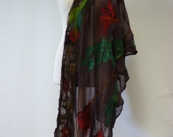 The hot price. Exceptional artsy delicate shawl. Perfect for gift.
