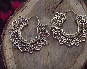 Bronze earrings. mandala Flower brass earrings. Tribal jewelry. Gypsy.