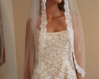 Bridal Veil Eyelash Lace Finger Tip Length / White / Light ivory /Deep Ivory