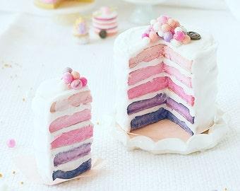 Miniature dollhouse rainbow cake scale 1:12 / Miniature pink shade cake scale one inch / Miniature pastry bakery / Doll's House miniatures