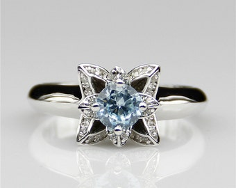 Lotus Design 5mm Natural Aquamarine 0.5ct Round Center 925 Sterling Silver Natural Gemstone Engagement Wedding Ring (CFR0255-NG0.5CT)