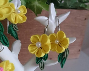 Yellow flower earrings 8-1