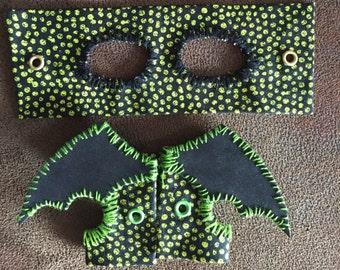Black and Green Bearded Dragon Leash/ Harness - add wings! adjustable & customizable
