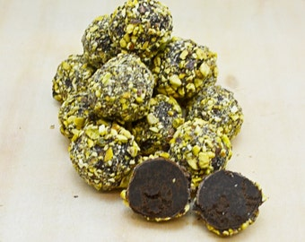 Chocolate truffles with pistachio and lime 250 grams,