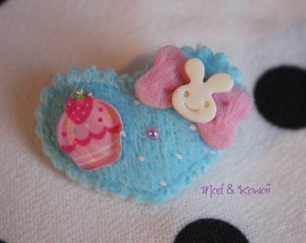 Brooch heart blue