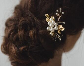 Gold Bridal Headpiece | Pearl Bridal Hair Comb | Gold Leaf Bridal Hair Pin |  Wedding Hair Accessories | Wedding Hairpiece | Aurora Hair Pin
