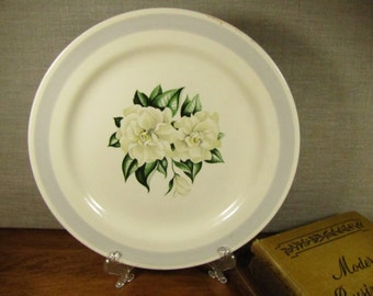 Homer Laughlin Nautilus - White Gardenia - Gray Band - Luncheon Plate