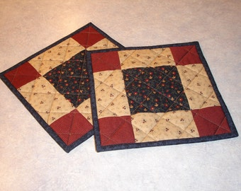 Quilted Pot Holders/Hot Pads/ Quilted Hot Pads/ Item #459