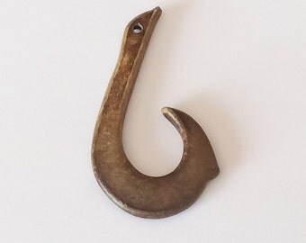 Fish hook pendant,carved horn pendant, burnt horn maori fish hook, large fish hook pendant 65mm