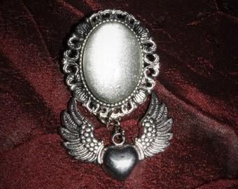 Brooch 18 x 25 [silver heart - silver]