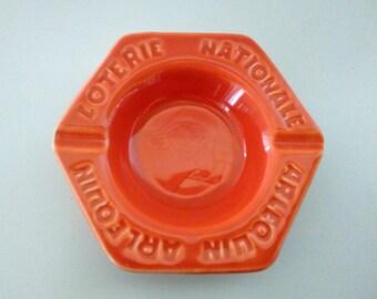 Ashtray Lottery national Harlequin orange. Faïencerie de Saint-Clément. French vintage