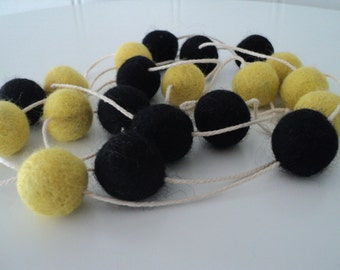 Black and Yellow Felt Garland