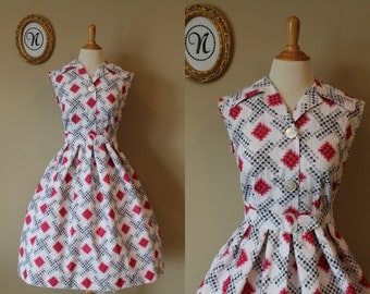 Vintage 1950s ~ 50s Novelty/Abstract Print Swing Dress
