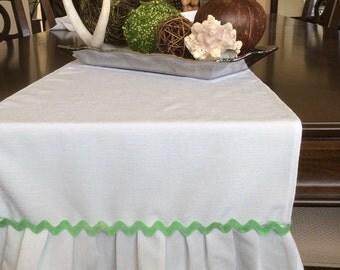 Wedding Table Runner, Ruffled Table Runner, Pleated Table Runner, White Table Runner, Table Runner, Table Center Piece,