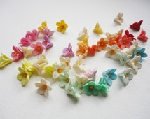 6 Pastel blooming Flowers, cold porcelain blooming flower, tiny flower cabochon, handmade spring flower, handmade clay flower, spring flower