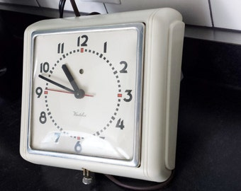 Mid Century Westclox Art Deco retro wall clock kitchen dining room WORKS !