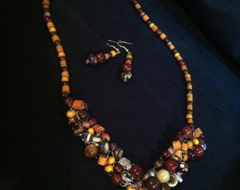 Ivory Turtle Crochet wire Necklace and Earring set