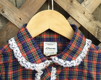 Vintage JcPennys Plaid Lace Trimmed Peter Pan Collar Blouse