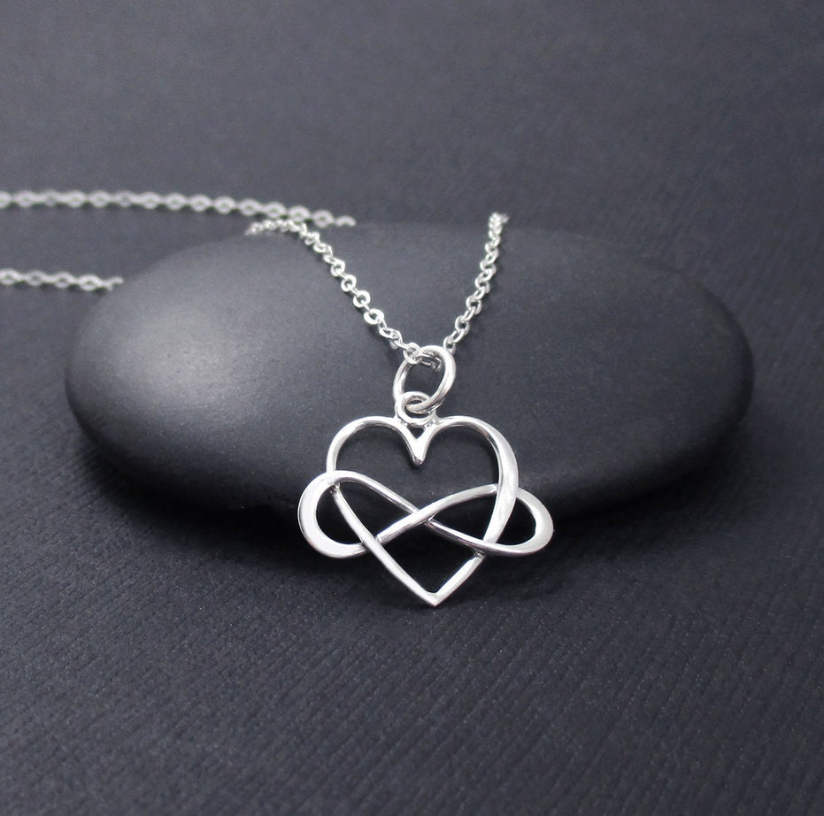 infinity heart necklace sterling silver by themoonflowerstudio. Black Bedroom Furniture Sets. Home Design Ideas