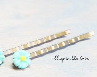 Mint Daisy Bobby Pins - Small Flower Bobby Pins